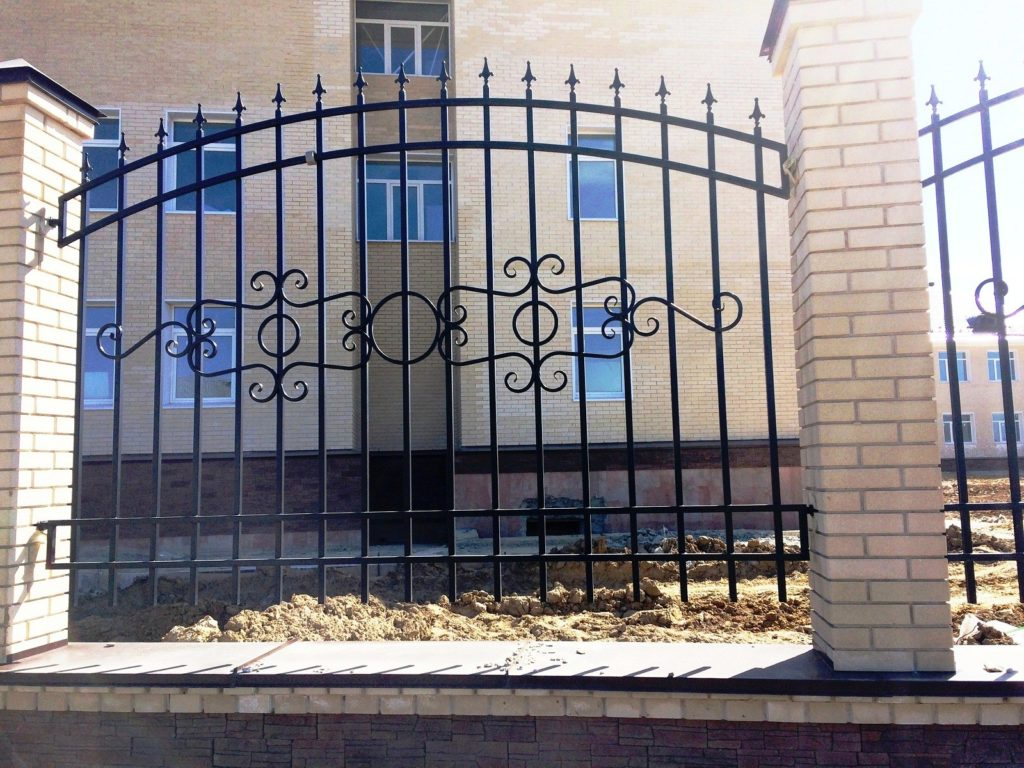 Акция на металлический кованый забор в Орле