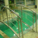 перила для бассейна