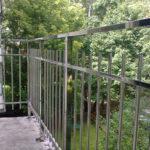 Нержавеющие перила на балкон
