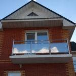 Ограждение балкона со стеклом